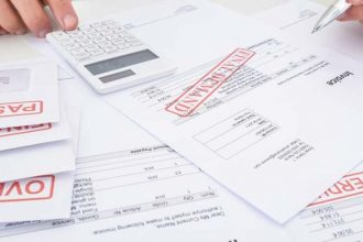 final notice overdue invoices debt